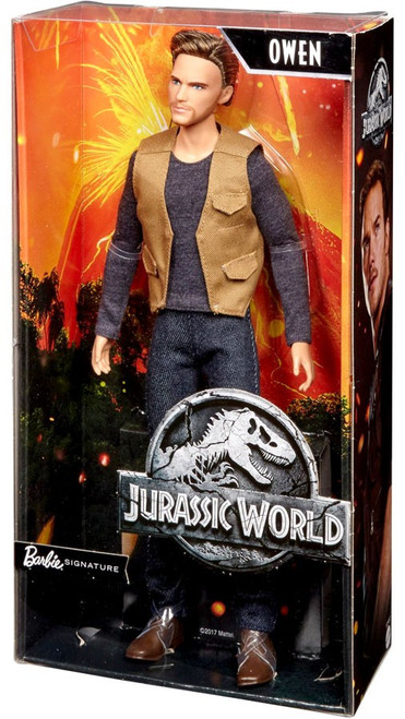Jurassic World Fallen Kingdom Barbie Signature Owen Doll