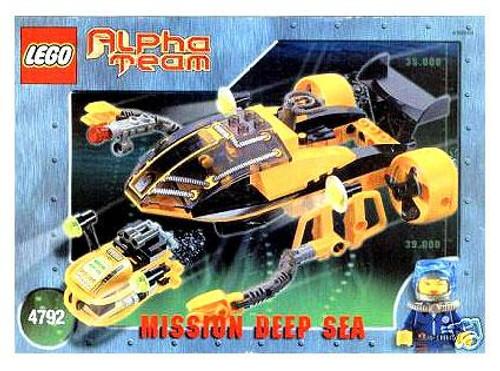 LEGO Alpha Team Mission Deep Sea Navigator and ROV Set #4792 [Damaged Package]