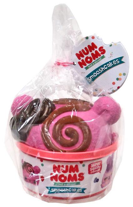 Num Noms Smooshcakes Sweetie Strawberry Squeeze Toy