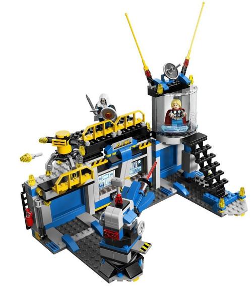LEGO Marvel Super Heroes Underground Lab [No Minifigures Loose]