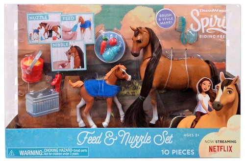 Spirit Riding Free Collector Series Feed & Nuzzle Figure Set [Version 1]