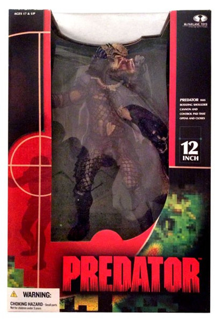 McFarlane Toys Predator Deluxe Action Figure [Damaged Package]