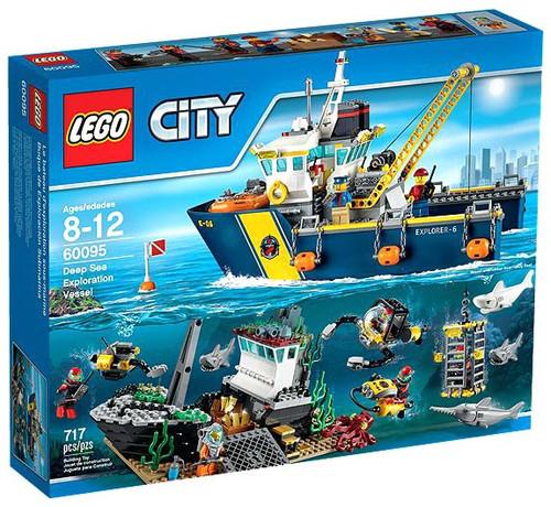 LEGO City Deep Sea Exploration Vessel Set #60095 [Damaged Package]