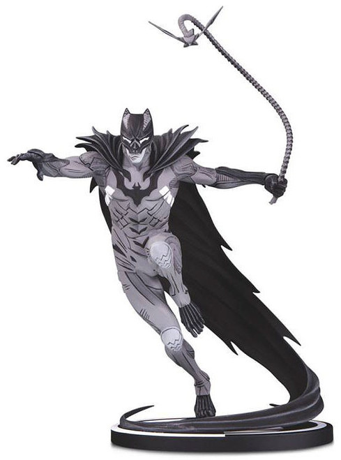 Black & White Batman 8.7-Inch Statue [Kenneth Rocafort]