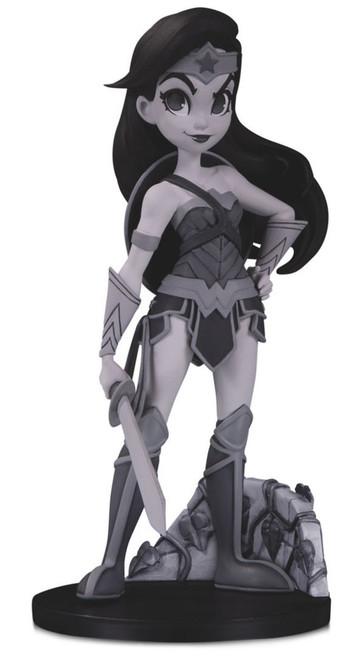 DC Artist Alley Wonder Woman 6.9-Inch PVC Collector Statue [Chrissie Zullo, Black & White Variant]