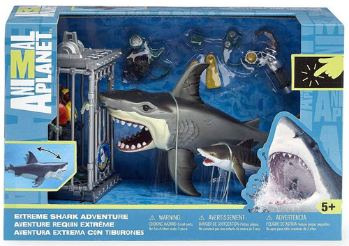 Animal Planet Extreme Shark Adventure Playset [RANDOM Color Shark]
