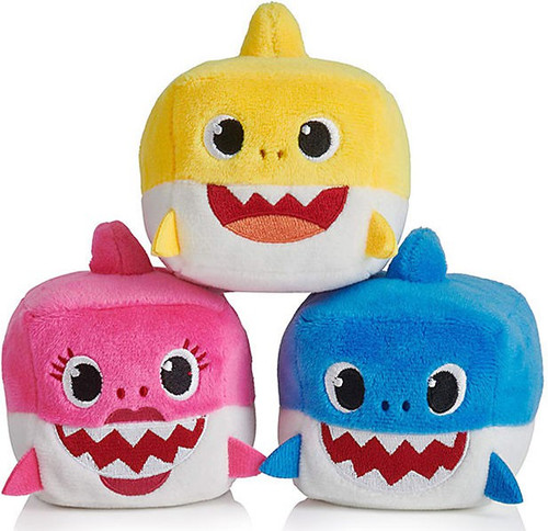Pinkfong Baby Shark Baby, Mommy & Daddy Sharks Set of 3 Plush Cube with Sounds