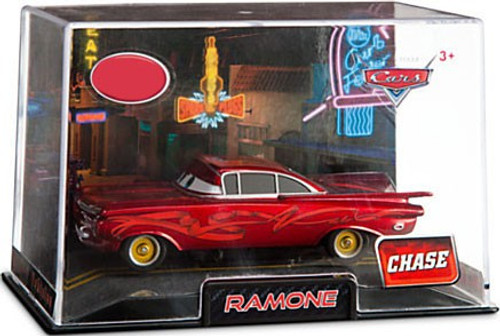 Disney / Pixar Cars 1:43 Collectors Case Ramone Exclusive Diecast Car [Red, Damaged Package]