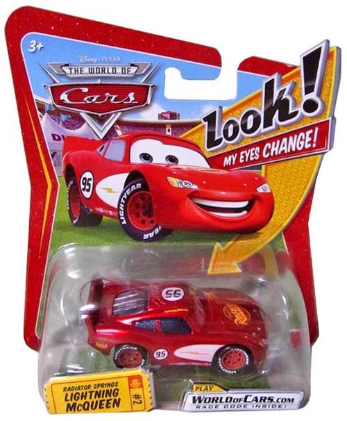 Disney / Pixar Cars The World of Cars Lenticular Eyes Series 1 Radiator Springs Lightning McQueen Diecast Car [Damaged Package]