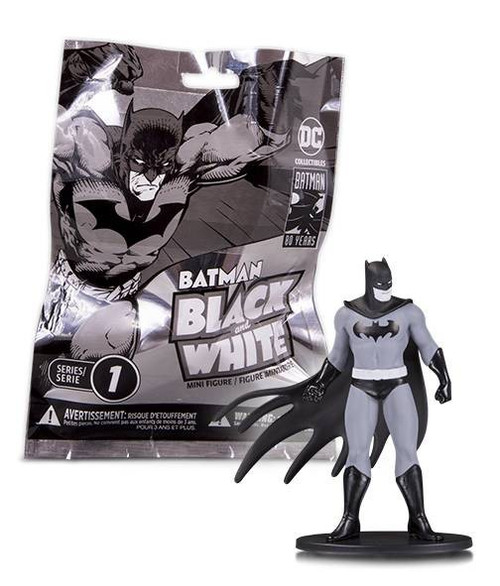 Batman Black & White Series 1 Batman Black & White 3.75-Inch Mini Statue Bling Bag [1 RANDOM Figure]