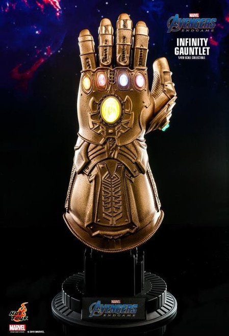 Marvel Avengers Endgame Infinity Gauntlet Light-Up Replica [Endgame]