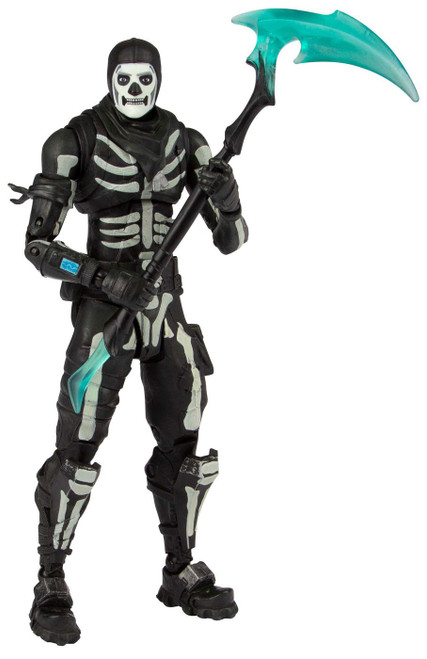 McFarlane Toys Fortnite Green Glow Skull Trooper Exclusive Action Figure [Glow-in-the-Dark]