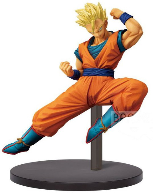 Dragon Ball Z: Buyu Retsuden Chosenshiretsuden Super Saiyan Adult Gohan 5.9-Inch Collectible PVC Figure Vol. 4