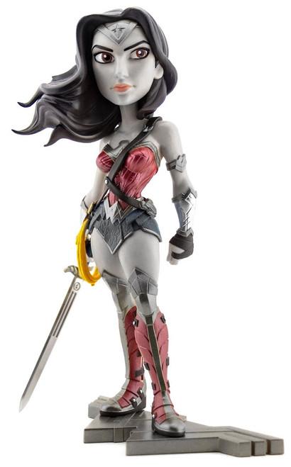 DC Movie Collectible Wonder Woman Exclusive Vinyl Figure [Noir Edition]