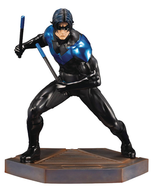 DC ArtFX Nightwing 9.8-Inch Collectible PVC Statue