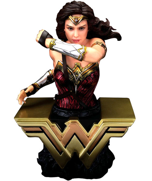 DC Justice League Wonder Woman 6-Inch Bust (Pre-Order ships November)