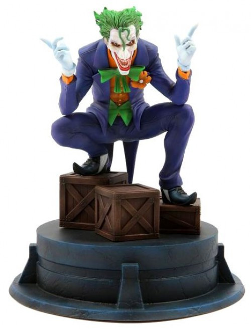DC Jim Lee Joker Hush Exclusive 7-Inch Collectible Statue