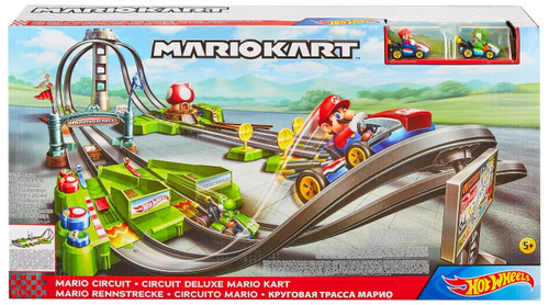 Hot Wheels Mario Kart Mario Circuit Deluxe Track Set