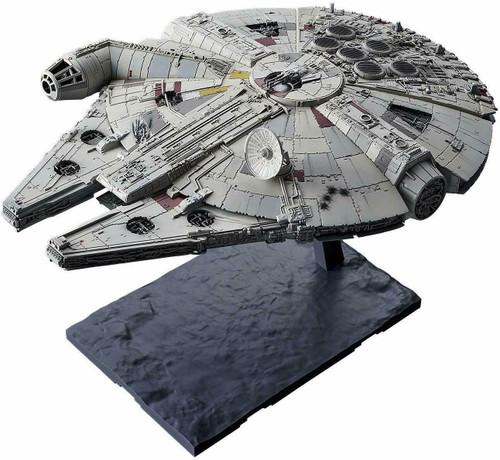 Star Wars Rise of Skywalker Millenniuim Falcon 1/144 Model Kit