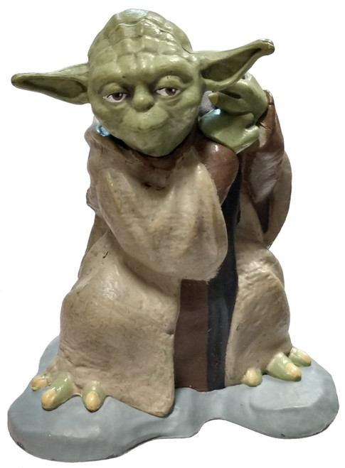 Disney Star Wars Yoda 2-Inch PVC Figure [Loose]