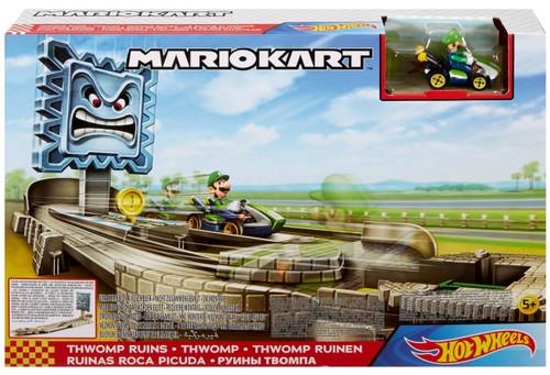 Hot Wheels Mario Kart Thwomp Ruins Track Set [with Luigi, Damaged Package]