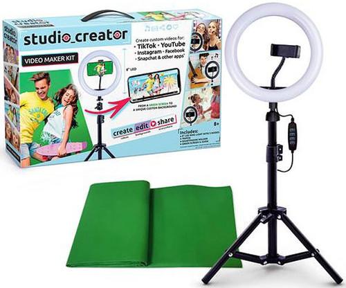 Studio Creator Video Maker Kit Playset