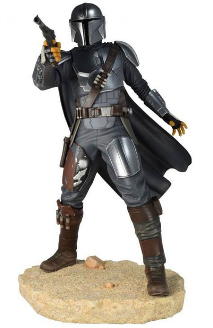 Star Wars The Mandalorian 10-Inch Premier Statue (Pre-Order ships January)