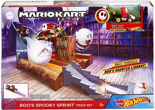 Hot Wheels Mario Kart Boo's Spooky Sprint Track Set