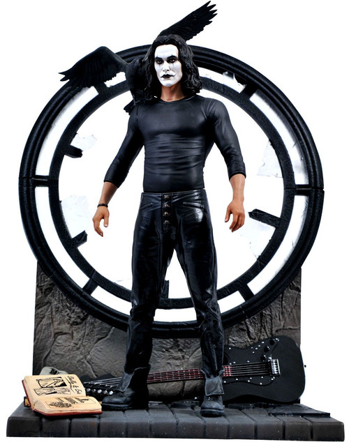 Movie Gallery The Crow 9-Inch PVC Statue (Pre-Order ships March)