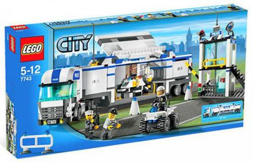LEGO City Police Command Center Set #7743 [Damaged Package]