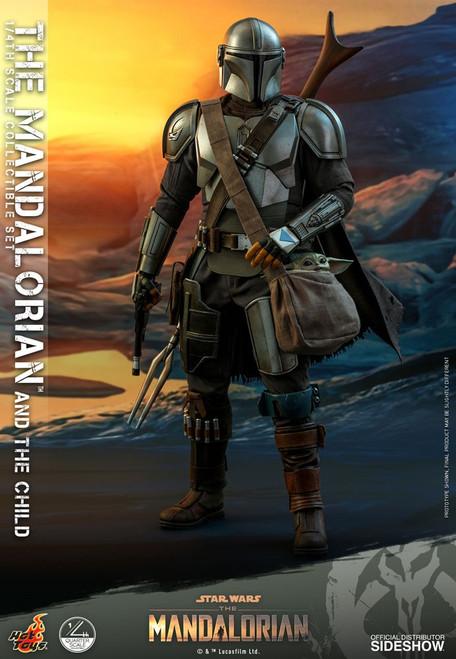 Star Wars Quarter Scale The Mandalorian & Child Collectible Figure [Regular Version] (Pre-Order ships April)