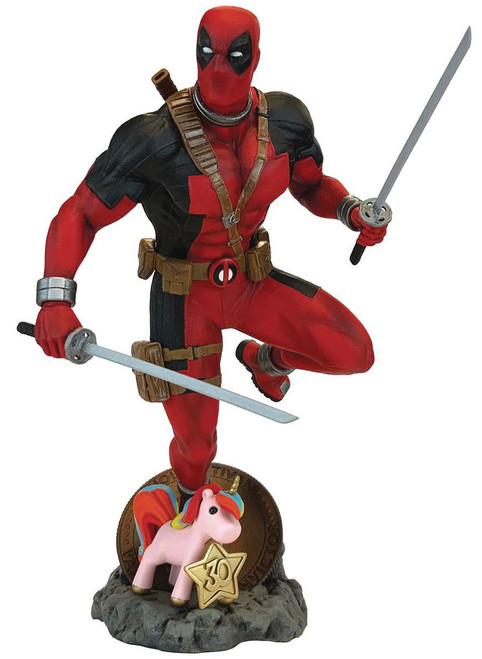 Marvel Contest of Champions Deadpool 9-Inch Collectible PVC Figure (Pre-Order ships April)