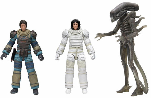 """NECA 40th Anniversary Series 4 Ripley (Compression Suit), Lambert (Compression Suit) & Alien """"Big Chap' Xenomorph Set of 3 Action Figures (Pre-Order ships May)"""