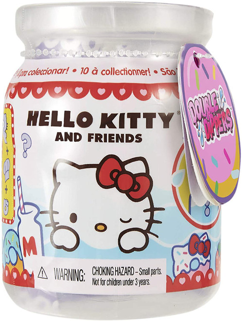 Sanrio Hello Kitty & Friends Double Dippers Mystery Pack [1 RANDOM Character, 1 Hat & 1 Accessory]