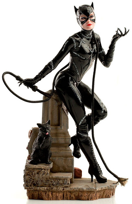 Batman 1989 DC Comic Series Catwoman DC Art Scale Statue [Batman 1989] (Pre-Order ships January)