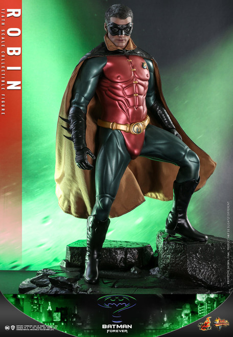Batman Forever Movie Masterpiece Robin Collectible Figure [Chris O'Donnell] (Pre-Order ships June 2022)