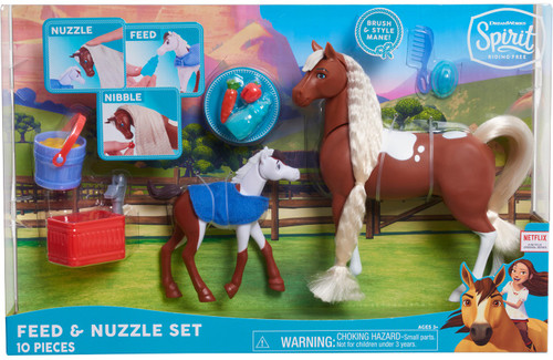 Spirit Riding Free Collector Series Feed & Nuzzle Figure Set [Version 2]