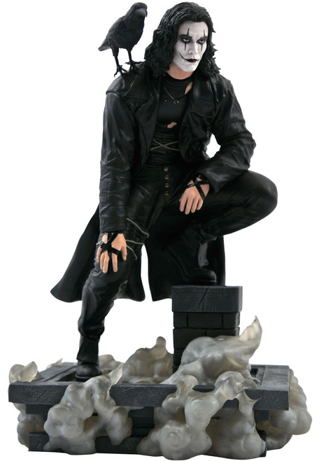 The Crow Movie Gallery Crow 10-Inch PVC Figure Statue (Pre-Order ships October)