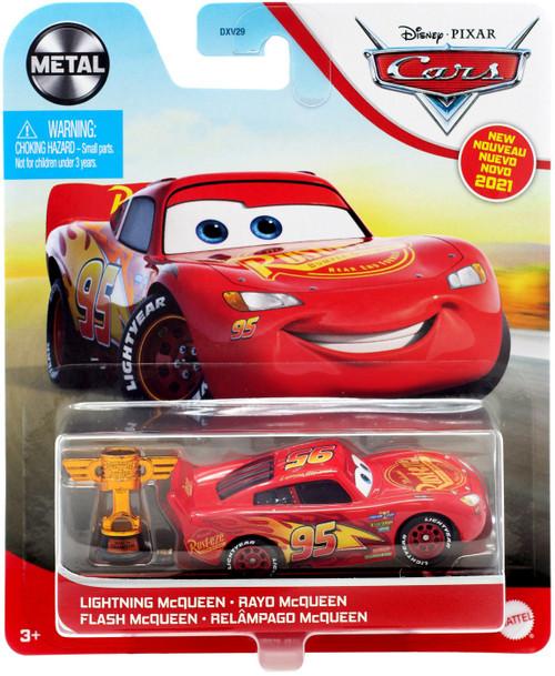 Disney / Pixar Cars Cars 3 Metal Lightning McQueen Diecast Car [with Trophy]