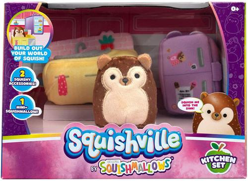 Squishmallows Squishville! Kitchen Set 2-Inch Mini Plush Playset [with Hans]