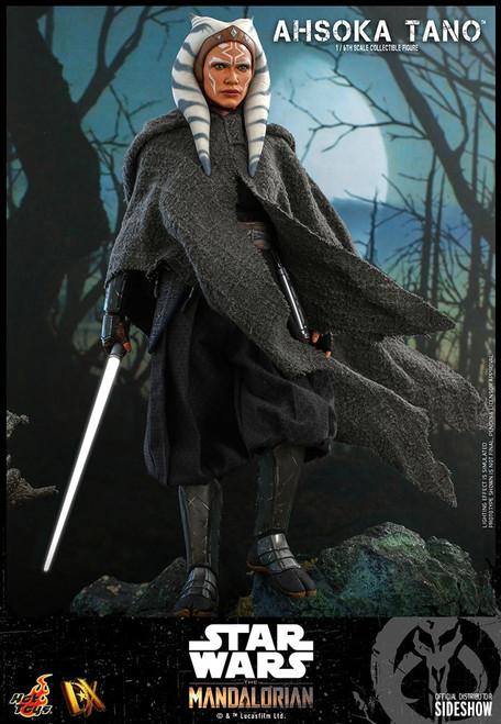 Star Wars The Mandalorian Ahsoka Tano Collectible Figure (Pre-Order ships September 2022)