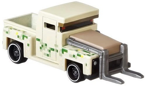 Hot Wheels Minecraft Character Cars Iron Golem Diecast Character Car #4/8 [2021]