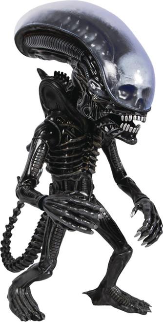 Alien Designer Series Xenomorph Deluxe Action Figure (Pre-Order ships April)