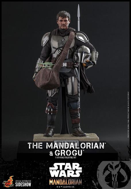 Star Wars The Mandalorian & Grogu Collectible Figure [Regular Version] (Pre-Order ships January 2023)