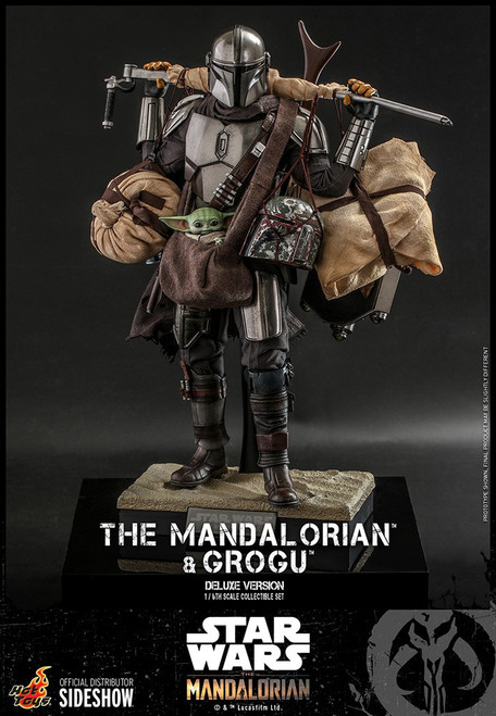 Star Wars The Mandalorian & Grogu Collectible Figure [Deluxe Version] (Pre-Order ships January 2023)