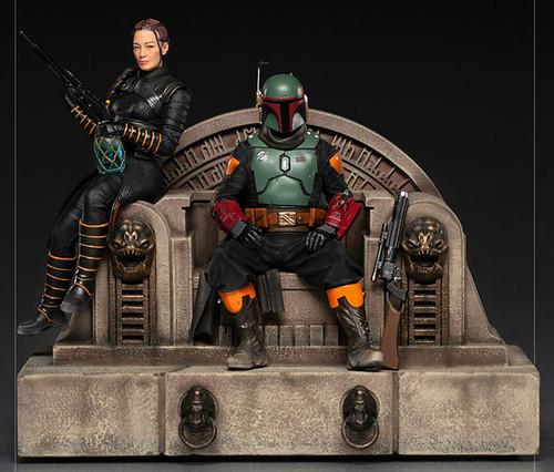 Star Wars The Mandalorian Boba Fett & Fennec Shand on Throne Deluxe Statue (Pre-Order ships September 2022)