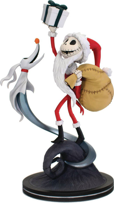 Disney Nightmare Before Christmas Q-Fig Elite Sandy Claws 7-Inch Figure Diorama (Pre-Order ships January)