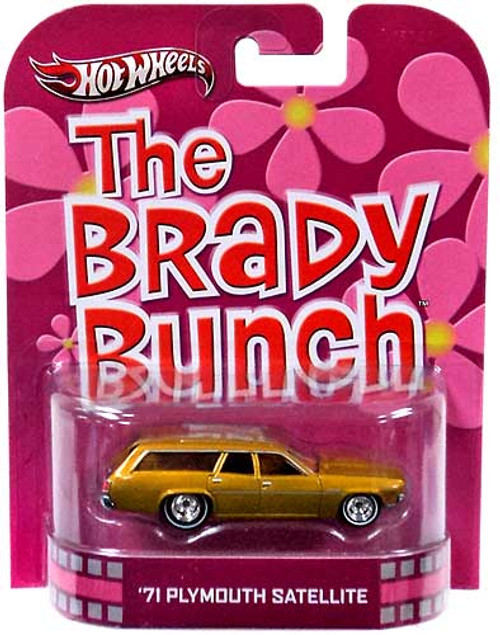 Hot Wheels The Brady Bunch HW Retro Entertainment '71 Plymouth Satellite Die-Cast Car