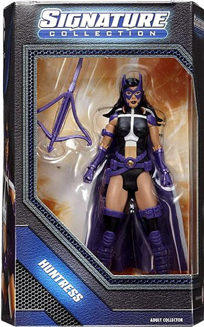 DC Universe Club Infinite Earths Signature Collection Huntress Exclusive Action Figure