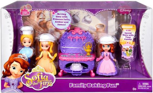Disney Sofia the First Family Baking Fun Playset #39
